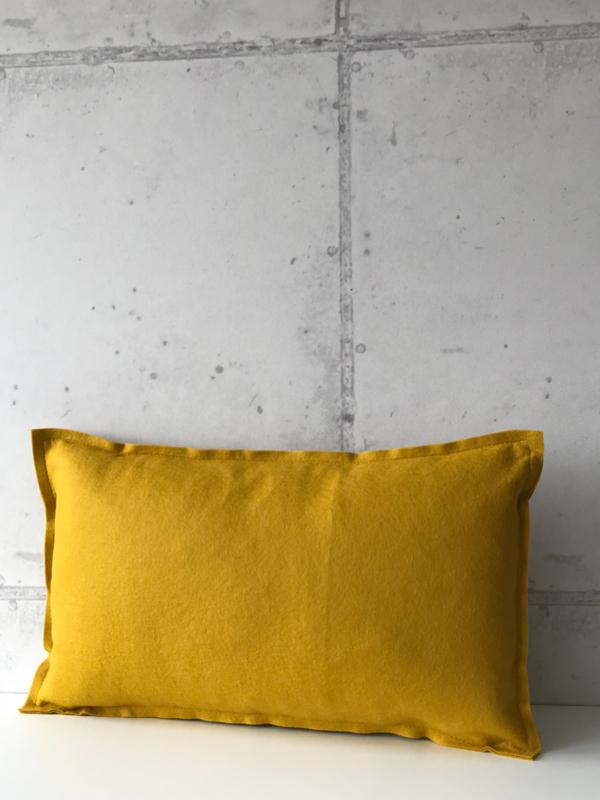 Wool basic medium