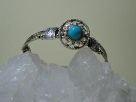 Armband van Tibetaans zilver met mooie Turquoise kraal