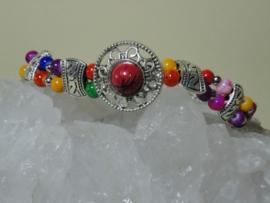 Armband van Tibetaans zilver met kleurijke mooie kralen
