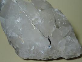 Whitegold Filled ketting met hanger steen Berskristal