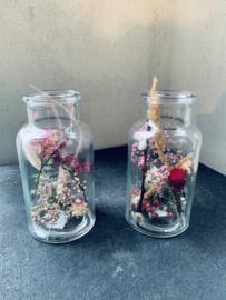 Droogbloemen in een vaasje