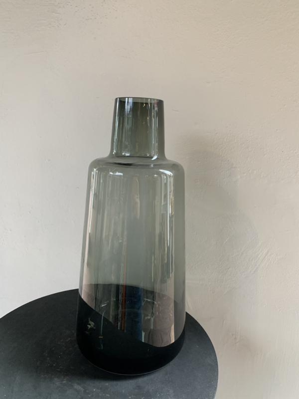 Zwarte vaas hoog