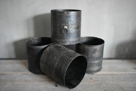 Metalen pot