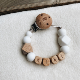 Pacifier clip with name ´Marble Grey´