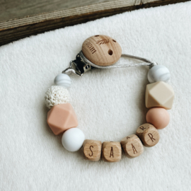 Pacifier clip with name ´Soft Salmon´