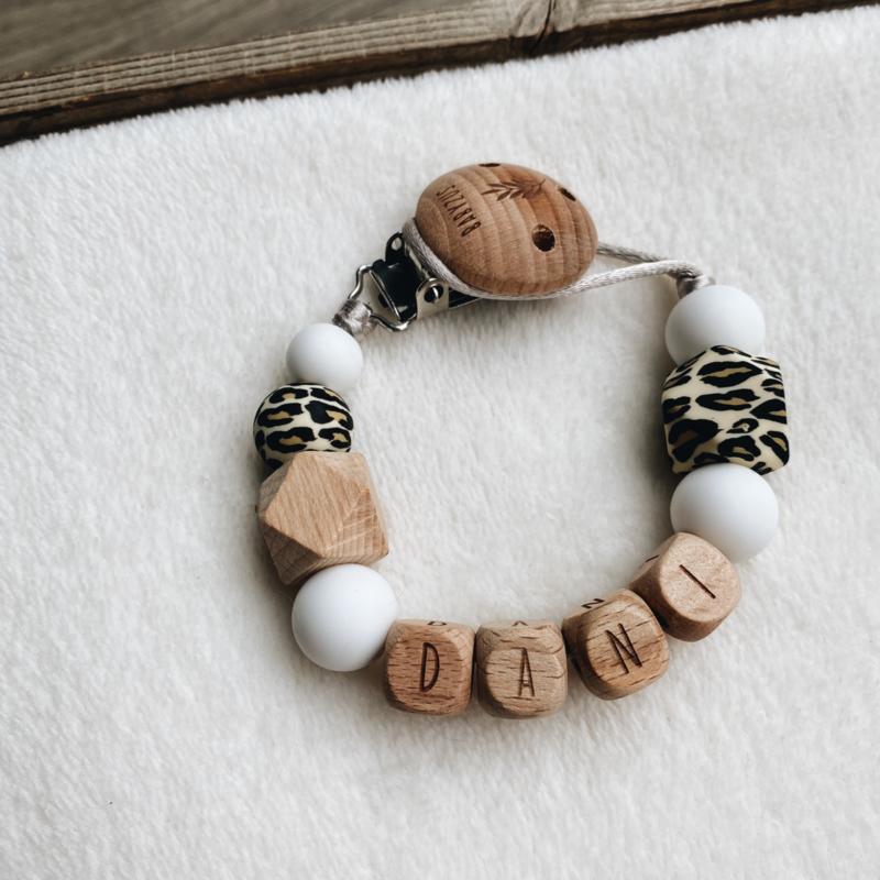 Speenkoord met naam   Luipaard Wit