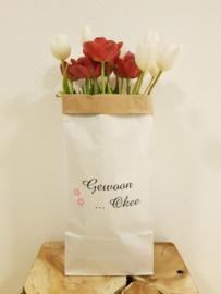 Paperbag met bedrijfslogo