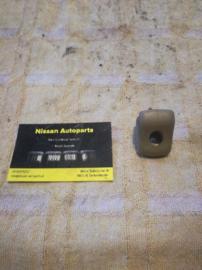 Zonneklephouder Nissan 96409-V5102 C32/CG22/D21/S12/T12/T72/U11/WD21