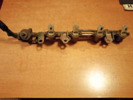 Brandstofgalerij Nissan Micra K11 17520-41B02 + 16600-41B02