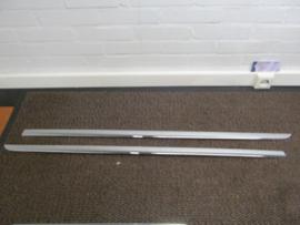 Chromen zijsierstrippen Nissan Micra K13 KE605-1HA20