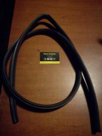 Deurrubber linksvoor Nissan terrano2 R20 76922-0F000