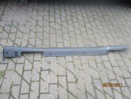 Modderflap/sierlijst rechts Almera Tino V10 76850-BU560