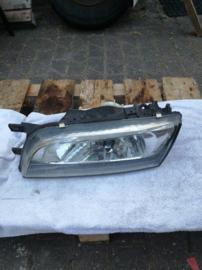 Koplamp links Nissan Almera N15 26060-2N328