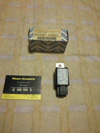 Knipperlichtrelais Nissan B5730-05B00 K10/T11