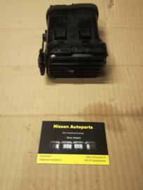 Kachelventilatierooster Nissan  links 68761-65Y11