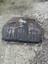 Brandstoftank met brandstofpomp Nissan Bluebird CA20E 17202-D5600 + 17040-D4561