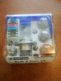 Lamp en zekeringset Nissan KE264-89931