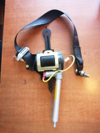 Veiligheidsgordelspanner bijrijder Nissan Primera P11 86884-2F000