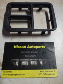 Dashboardschakelaarhouder Nissan Almera N16 68485-BN000
