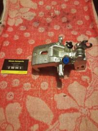 Remklauw linksachter Nissan Almera N15/N16 44011-0N600