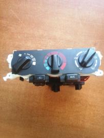 Kachelbedieningspaneel Nissan Primera P11 27510-3J400