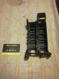 Samenstelling relaishouder Nissan 25237-01E01 + 25237-02E01 C23/T12/T72/U11
