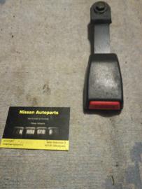 Gordelsluiting voorstoel Nissan Sunny N14 86842-56C00