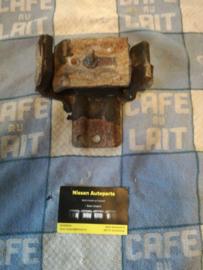 Motorsteun rechtsvoor Nissan Terrano2 R20 11210-0F002