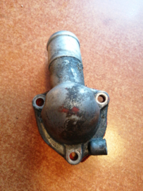Aansluitflens koelwaterbuis thermostaathuis GA14DE/GA16DE 13049-73C01 B13/ N14/ N15/ W10/ Y10