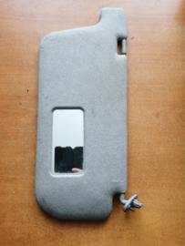 Zonneklep bijrijderskant Nissan Terrano2 R20 96400-8F200