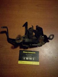 Motorkapsluiting Nissan Terrano2 65601-0F000