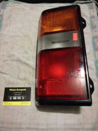 Achterlicht Nissan Urvan E24 links B6555-08N00