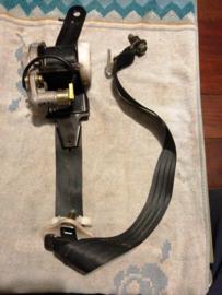 Veiligheidsgordelspanner rechtsvoor Nissan Almera N16 86884-BM740