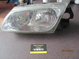 Koplamp Nissan Almera N16. Links. 26060-BN025