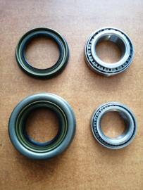 Wiellagerset vooras Nissan Terrano2 R20 40210-0F000 + 40215-0F000 + 40232-0F000