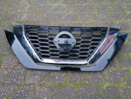 Grille Nissan Juke F16 62310-6PA0A / 62310-6PA0B lichte schade