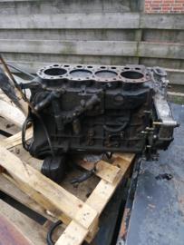 Onderblok TD27TI Nissan Terrano2 R20 11010-7F404