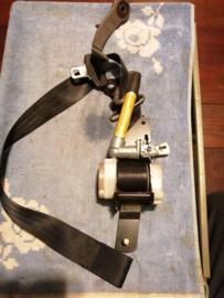 Veiligheidsgordelspanner linksvoor Nissan Almera N15 86885-1N000