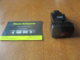 Alarmlichtschakelaar Nissan Sunny N14 25290-50C00