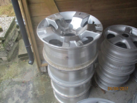 Set aluminium velgen 6 x 139,7 asgat 110 Nissan Patrol