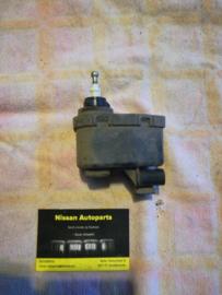 Lichthoogteregelaar Nissan Terrano2 R20 26056-0F000