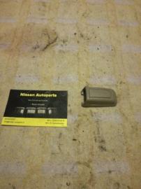Afdekkap montagegat handgreep plafond Nissan Bluebird T72 73941-Q9001