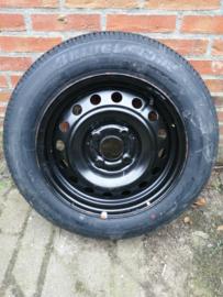 185/65R15 4x114,3 naafgat 66,1 Bridgestone 40300-2F815 Nieuw