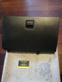 Dashboardkastje Nissan Sunny (Wagon) N14/Y10 68500-72Y03