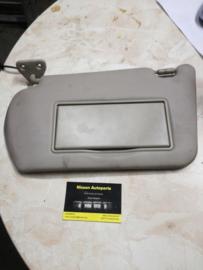 Zonneklep met make-up spiegel/verlichting Nissan Almera N16 96401-BM420