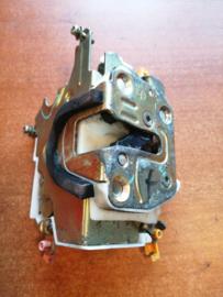 Deurslot linksvoor Nissan Primera P11 / WP11 80503-2F000
