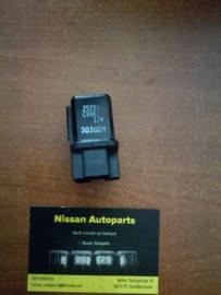 Relais Nissan 25230-C9961 / 25230-C9971 Automatische choke / Achterwisser