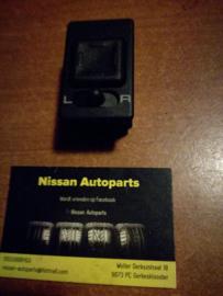 Spiegelschakelaar Nissan Terrano2 R20 25570-0F000