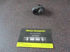 Portierschakelaar bijrijderszijde Nissan 25360-70J00 C23/K11/P10/R20