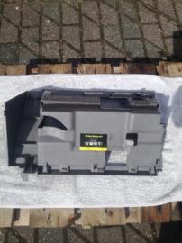 Frame dashboardkastje Nissan Primera P11/WP11 68108-9F601